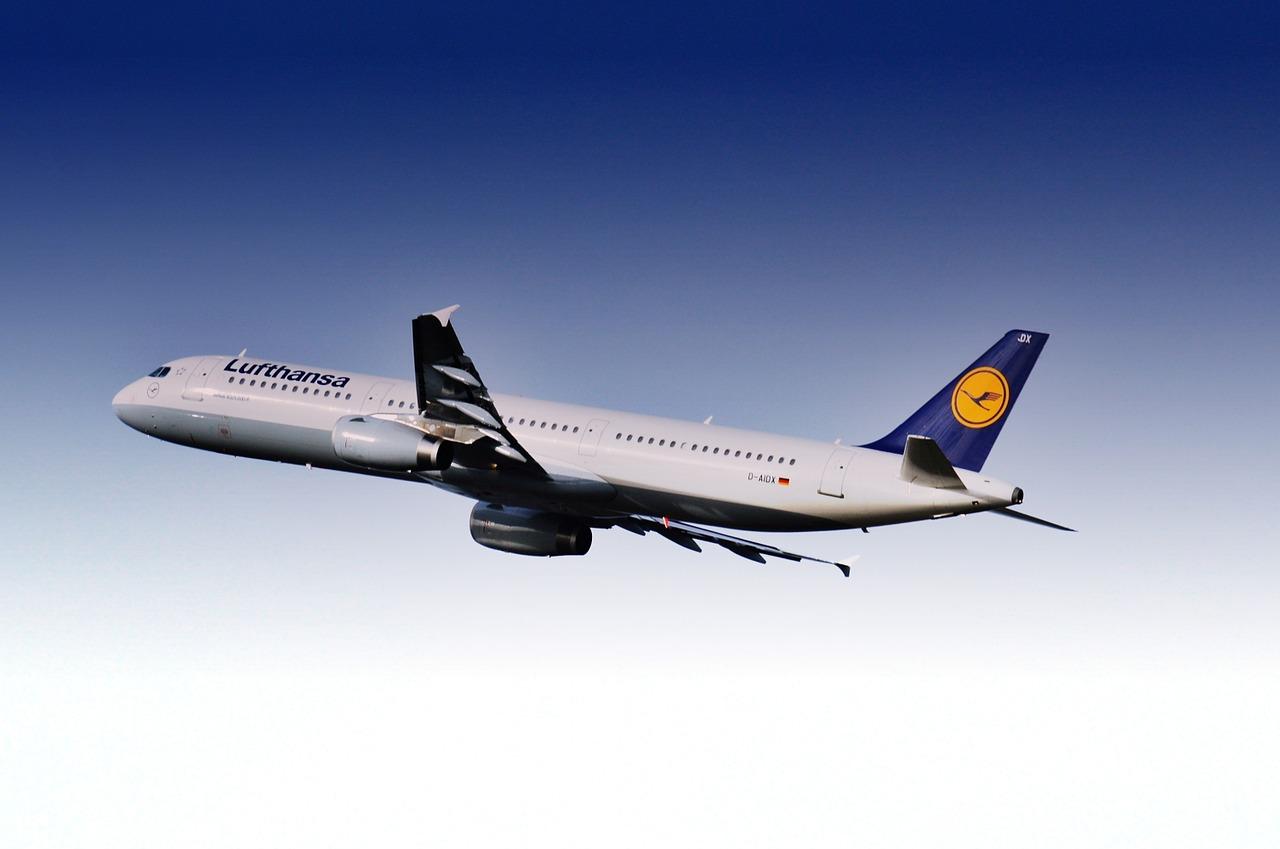 Lufthansa Kinder fliegen