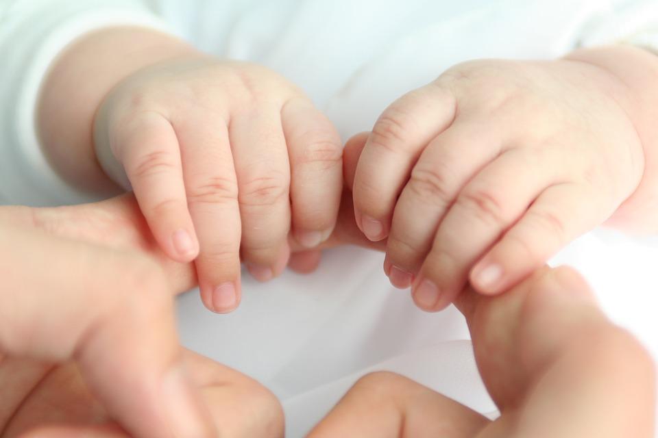 Baby hat kalte Hände